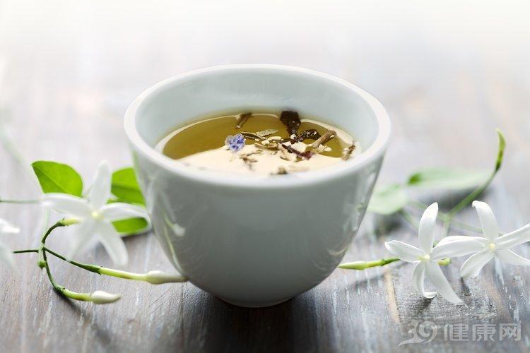 人蔘一斤,不如茶水一杯!經常喝茶好處多,但4種人除外