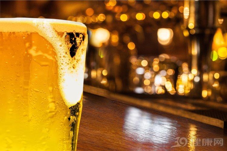 看過這6個害處,很多人決定戒酒!你有勇氣嗎?