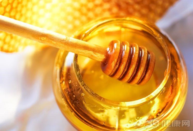 每天一杯蜂蜜水,你能收穫5個好處!健康其實很簡單