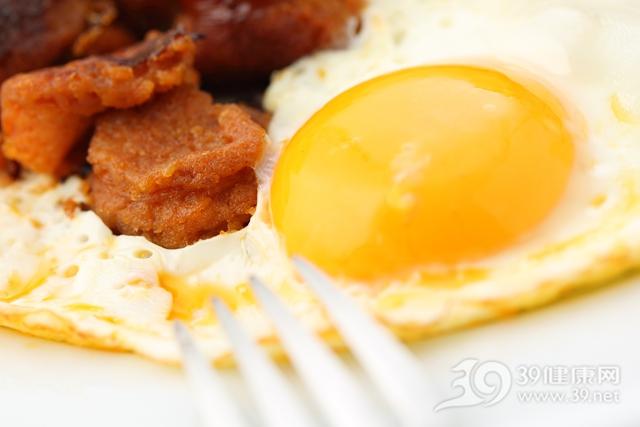 男人一周吃七個雞蛋,死亡率會上升23%